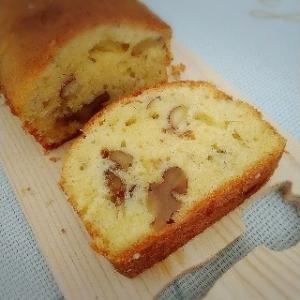くるみとアーモンドのパウンドケーキ&かわいいケーキ皿