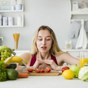 【役に立つ】ダイエットもカロリー制限もなしで5kg痩せた!血行を良くして減量!簡単食事療法