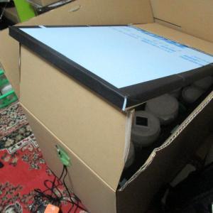段ボール箱+スタイロフォームで作った簡易温室の保温力がやばい