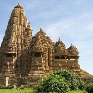行った気になる世界遺産 カジュラーホーの建造物群 カンダーリヤ・マハーデーヴァ寺院
