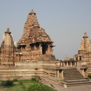 行った気になる世界遺産 カジュラーホーの建造物群 ラクシュマナ寺院