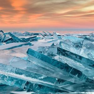 世界一がいっぱい!ロシアのバイカル湖の魅力