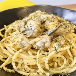 出汁が旨い!「牡蠣とホタテの簡単和風パスタ」のレシピ