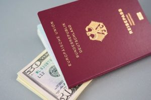 海外旅行を安く行く方法