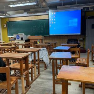 台湾留学三年生の中間テスト