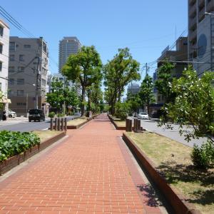 JR兵庫駅北側遊歩道