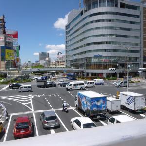 JR三宮交差点