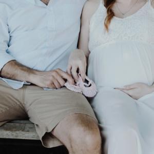 【妊娠2ヶ月〜4ヶ月】妊娠初期の体調の変化【つわりいつ終わる?】
