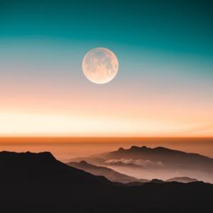 【2020年8月満月】バクムーンはいつ何時から?都道府県別の月の出の時間はこちら!由来についても調査