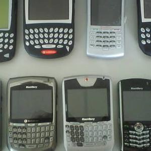 80年代「パソコン!」 90年代「携帯!」 00年代「スマホ!」