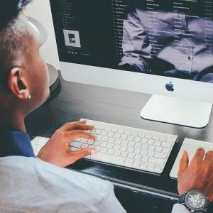 【PC】デスクトップパソコン「大画面で見られます!処理速度早いです!熱くないです」←こいつが流行らない理由