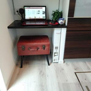 ママだって机が欲しい!スタディースペースではなくママデスクを作りました。