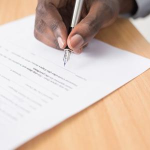 ポケットWiFiを契約する前に確認するべき4つの注意点