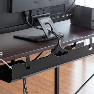 机にぶら下げらてケーブル電源タップを収納できるトレイ