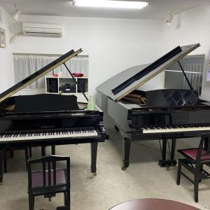 コンサートピアノがやってきました