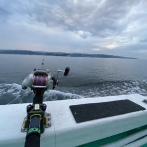 遊漁船『亀丸』に乗って、北陸ヤナギバチメ(メバル)を釣り上げる!