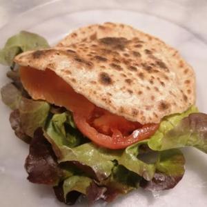 白い小麦粉不使用、ぷくっと膨らむ『ピタパン』の作り方