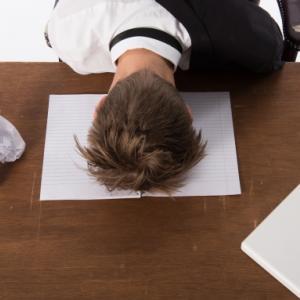 大学生オンライン授業の苦悩