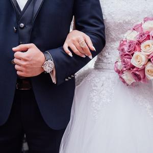 公務員男性と出会えるおすすめ婚活サービス【アプリから結婚相談所まで】