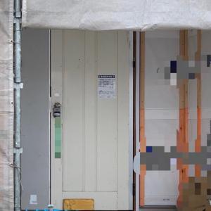 新居に付けられていたダサすぎるドア