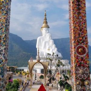タイのお寺!ソーンケーオはカラフルに輝くモザイクが美しい@カオコー
