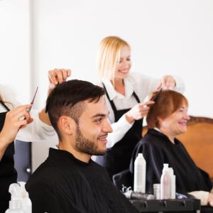 【美容室】髪を切る頻度ってどれくらいがベスト?メンズフェードカットの場合