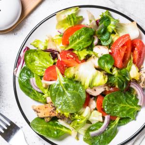 【調味料】生野菜がひたすら食べたくなる1年で今しか買えないドレッシングとは?