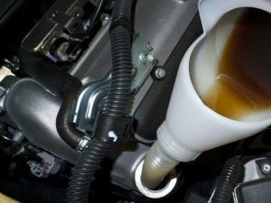 軽トラ、エンジンオイル交換