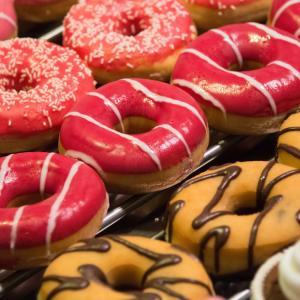 砂糖に代わるダイエット甘味料を作るには、舌と一緒に腸を騙さなきゃ?