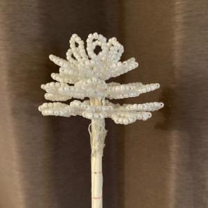 ホワイトクリスマスツリー、3段目まで作りました!