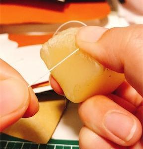 レザークラフトのおおまかな流れ④【手縫い】