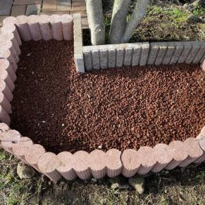 多肉花壇作り