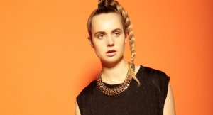 [歌詞和訳] MØ – When I Was Young