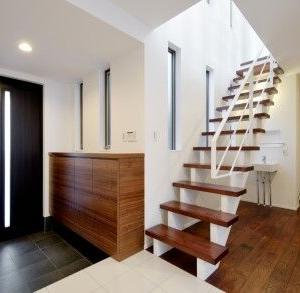 設計~Web内覧会:階段と階段下