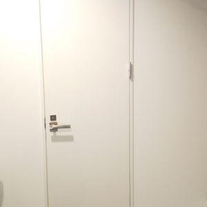Web内覧会:ドア 開き戸と引戸