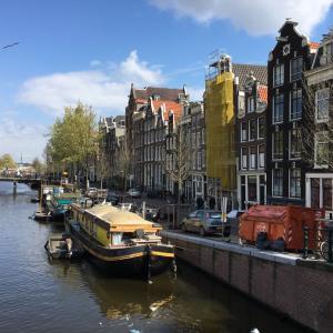 アムステルダムはにぎやか