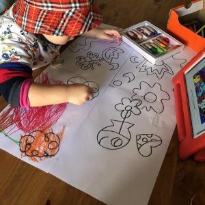 【おうち幼稚園】塗り絵やお絵かきが上手になってきた。