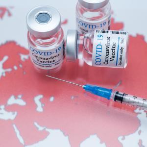 コロナワクチン副反応 久しぶりに39℃台の高熱で悪寒が・んんん