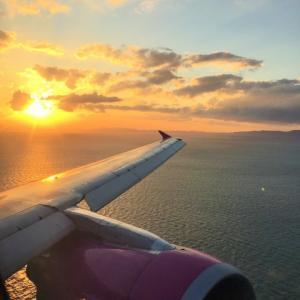 激減する関空の旅客便数から見る経済危機