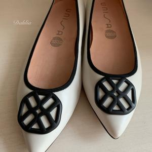Black & White な靴。