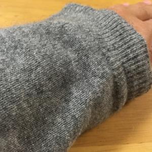 カシミヤセーターの安い買い時は本格的な冬前の今!