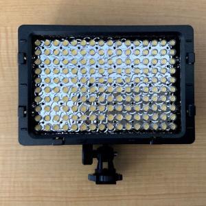 カメラ用ライトが点かないので修理する