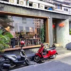 【バンコクデリバリー】栄養豊富で美味しいシンガポール発の人気サラダ専門店Pimp My Salad Bangkok@チョンノンシー