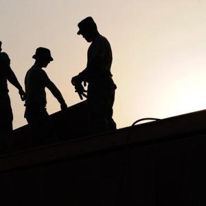 【高時給求人が多い】工場での働く現実を解説