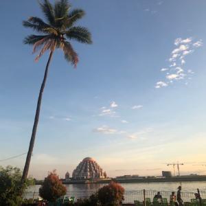 【インドネシア渡航】キヨススマラン~マカッサルの夕陽を楽しむ最も古いビヤガーデン~