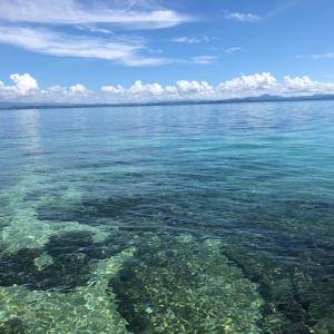 【インドネシア渡航】無人島に上陸!海の美しさに感動!