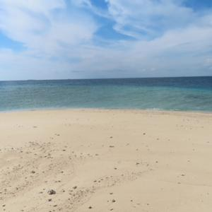 【インドネシア渡航】マカッサルの無人島ケケ島に行ってみた!