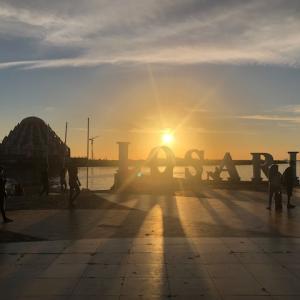 【インドネシア】マカッサルのロサリビーチの夕陽