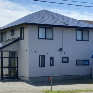 青森市S様邸屋根・外壁の塗装が完了しました。