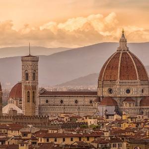 イタリアのツアーを案内するのはどんな人?ガイドになるための資格とは